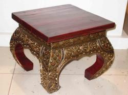 Резные столы в интерьере